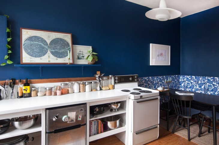 One Quick Way to Make Your Kitchen and Bathroom Look Less Visually Cluttered