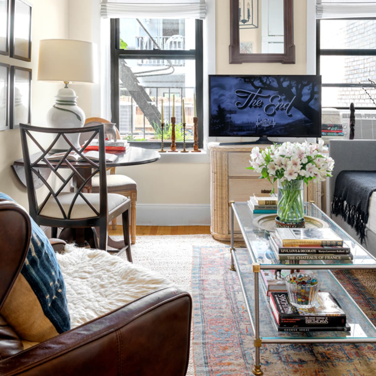A 380-Square-Foot NYC Rental Is Stuffed with Smart and Stylish Decor Tricks and Solutions
