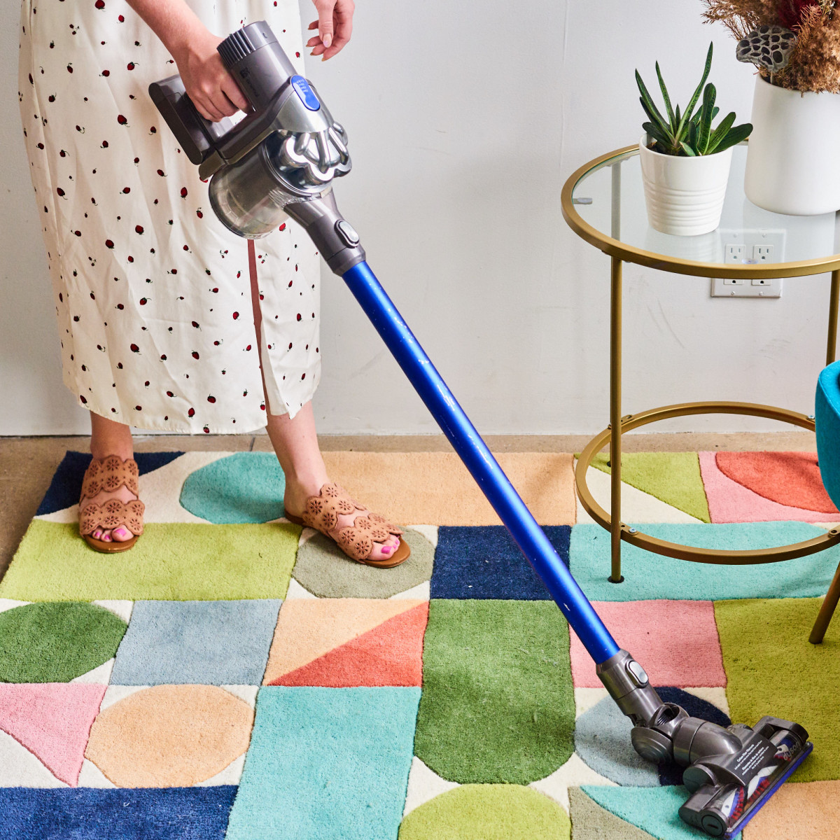 Now's the Time to Buy Some of Dyson's Most Popular Cordless Vacuums
