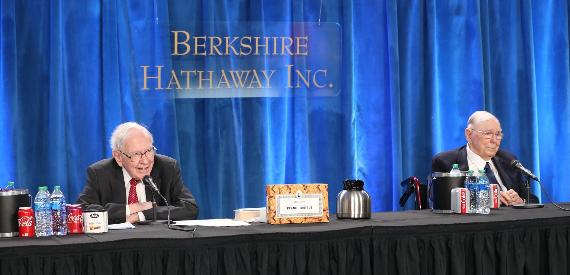 Warren Buffett and Charlie Munger at the 2021 Berkshire Hathaway annual meeting on May 1, 2021 in Los Angeles. Photo: Gerard Miller | CNBC